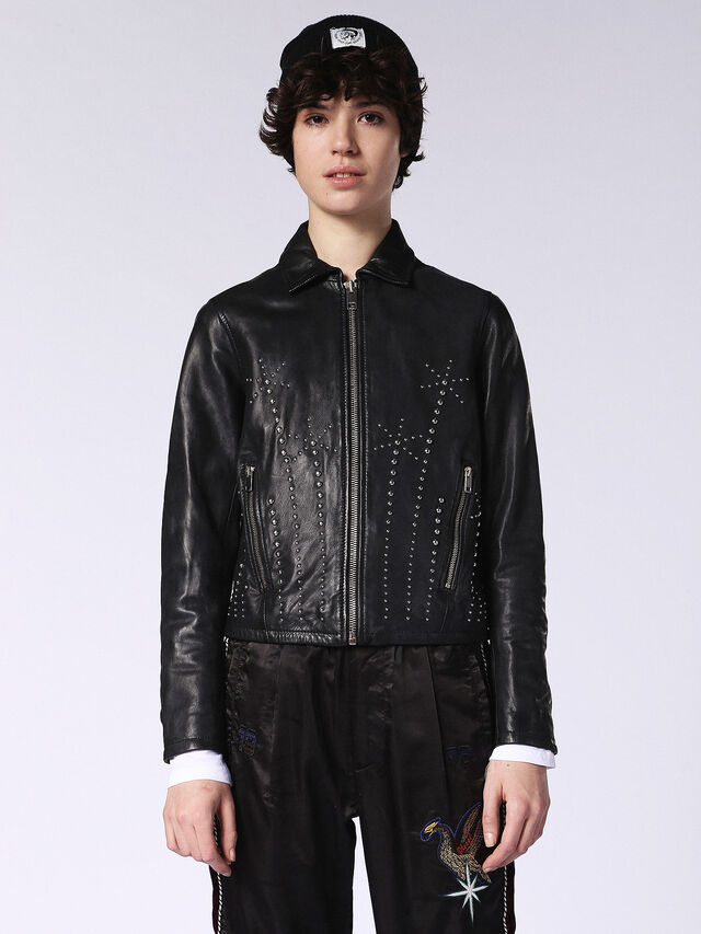 L-AXEL, Black Leather