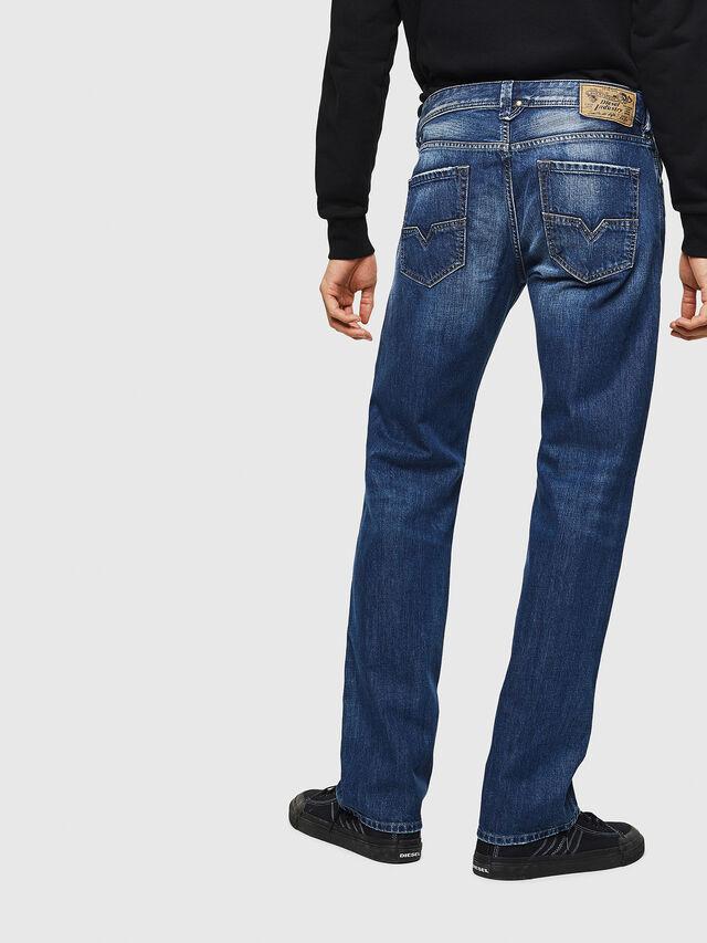 LARKEE 008XR, Blue jeans