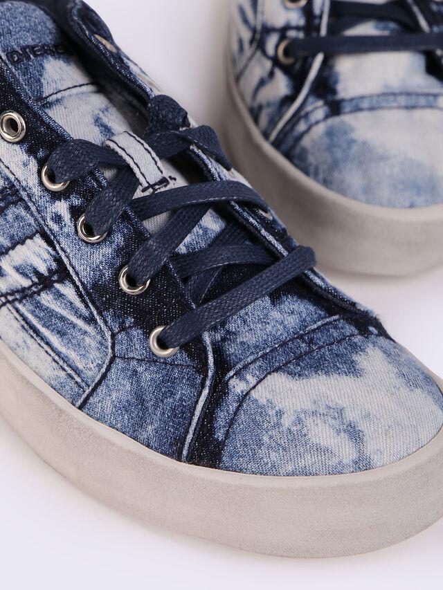 D-STRING LOW W, Blue Jeans