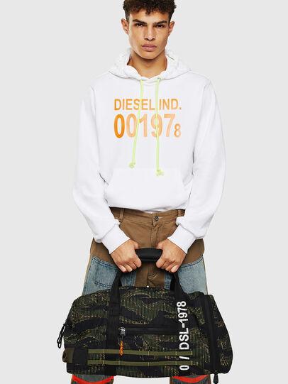 Diesel - M-CAGE DUFFLE M, Black/Green - Travel Bags - Image 8