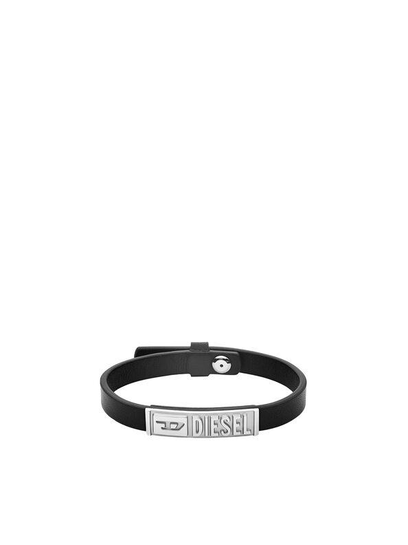 https://sk.diesel.com/dw/image/v2/BBLG_PRD/on/demandware.static/-/Sites-diesel-master-catalog/default/dw895c5118/images/large/DX1226_00DJW_01_O.jpg?sw=594&sh=792