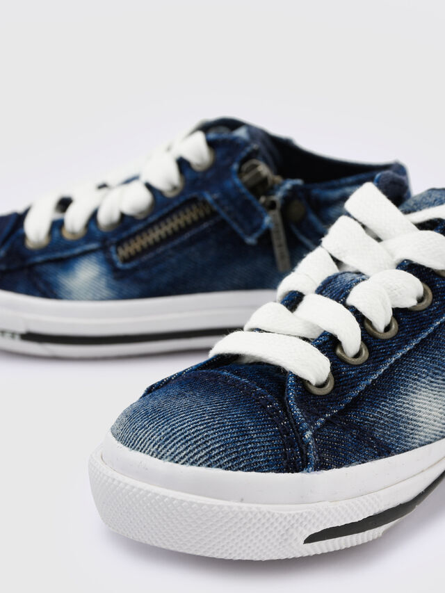 KIDS SN LOW 25 DENIM EXPO, Blue Jeans - Footwear - Image 4