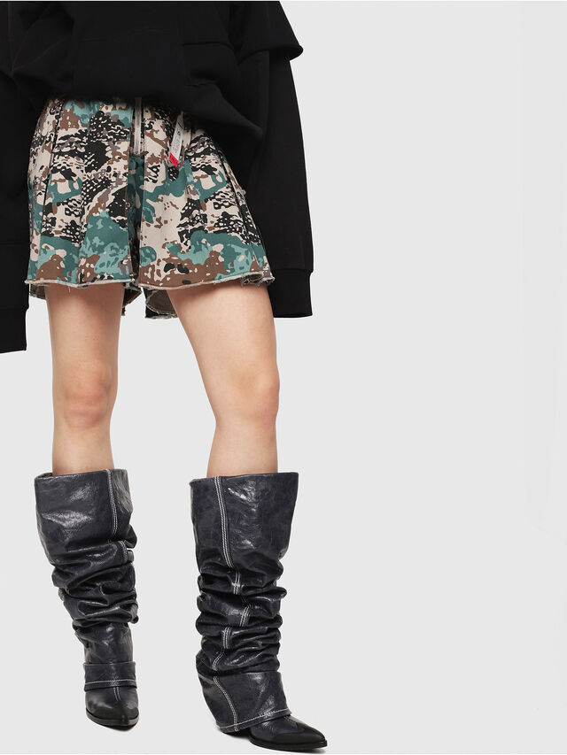 b22699e11e1a S-EDEN-A Women: Pleated shorts in cotton | Diesel