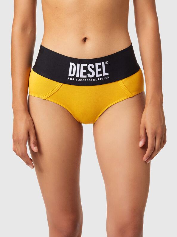 https://sk.diesel.com/dw/image/v2/BBLG_PRD/on/demandware.static/-/Sites-diesel-master-catalog/default/dwa8516dc2/images/large/00SEX1_0DCAI_22K_O.jpg?sw=594&sh=792