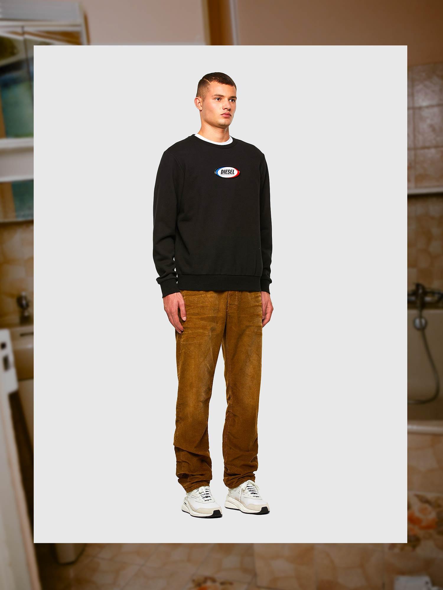 Diesel Jeans Straight Fit: D-Macs | Shop Now on Diesel.com